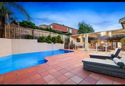 6 Clearwater Close Eltham image