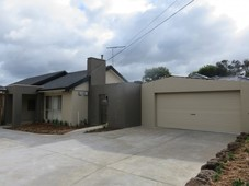 2/1783 Ferntree Gully Road Ferntree Gully