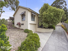 3 Winwood Drive Ferntree Gully