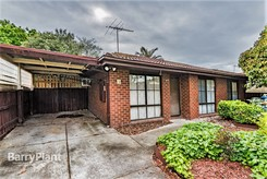 3 Crystal Gardens Cranbourne West