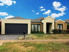 59 Innisfail Drive Point Cook