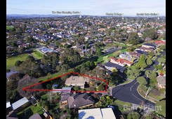13 Packham Crescent Glen Waverley